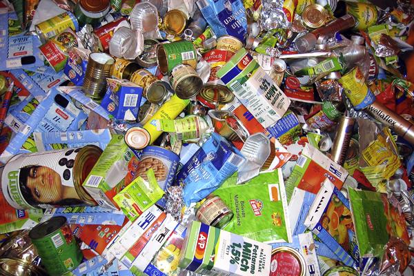 Weltkindertag in Rendsburg – sogar die Abfallwirtschaft macht mit