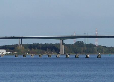 Jetzt amtlich:  Rader Hochbrücke hält noch 12 Jahre – ab 15. September schon leichte Einschränkungen für LKWs