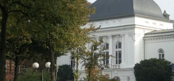 Spielplan Schleswig-Holsteinisches Landestheater Weihnachtsmonat Dezember 2013