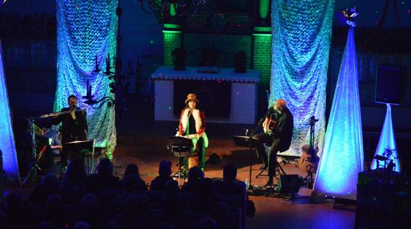 Savoy Bordesholm ganz weihnachtlich: MOBAGO live