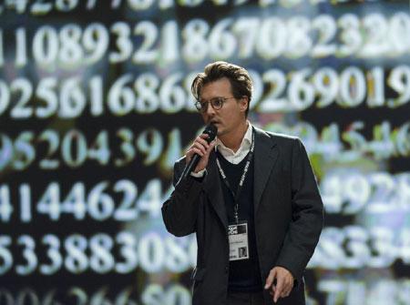 Ende April kommt Transcendence ins Kino – ein Film mit Johnny Depp – Erster Trailer