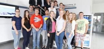 Schüler-Wirtschaftsplanspiel mit Rendsburger Schülern zu Gast bei FT Cap in Husum