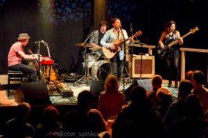Foto: Presse Faulkner und Band