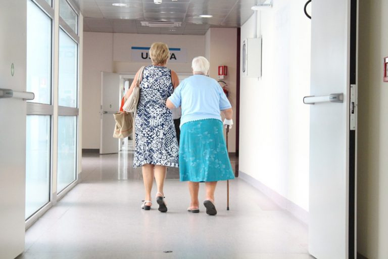 Mangel an Pflegekräften – kein rein deutsches Problem